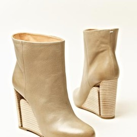 Maison Martin Margiela - Women's Leather Trunk Boots