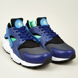 Nike - Men's Huarache Sneakers