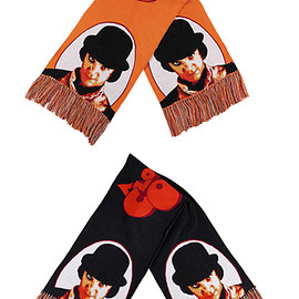 "MEDICOM TOY - KNIT GANG COUNCIL ""A CLOCKWORK ORANGE"" KNIT SCARF ""ALEX"" BLACK/ORANGE"