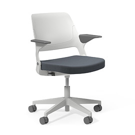 Knoll - Ollo Fixed Arm Chair (LightGrey-Slate-Plastic5Star-SoftCasters)