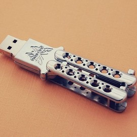 Benchmade - Butterfly Knife USB Drive