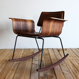 "Molded plywood rocker ""Roxy"" chair: Walnut/leather"
