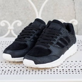 adidas originals - Tech Super - Black/Chalk