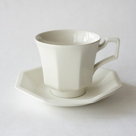 johnson brothers - johnson brothers / cup & suacer heritage white / england 1960-70s