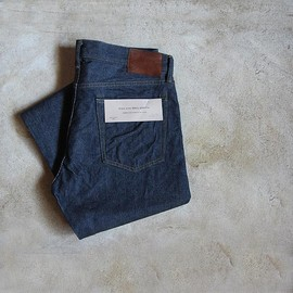 FILL THE BILL - STANDARD DENIM PANTS 802