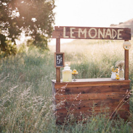 not sure  - a little lemonade store