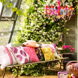 Comfy cushions - Chill-out garden