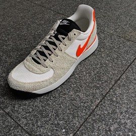 NIKE - Lavadome Ultra - Grey/Sail/Safety Orange?