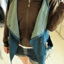 Stylish Cool Mixing Color Loose Fitting Denim Coat