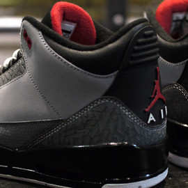 NIKE - AIR JORDAN III RETRO 「LIMITED EDITION for NONFUTURE」