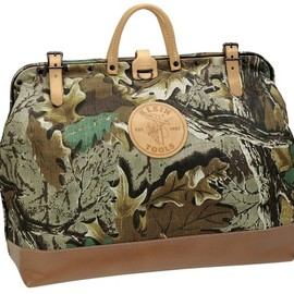 Klein Tools - 5102-18C Camouflage Cordura Tool Bag, 18-Inch