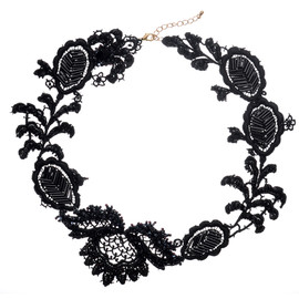 Emma Cassi - Black lace necklace