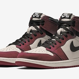 NIKE - Air Jordan 1 Retro High OG - Sail/Burgundy Crush