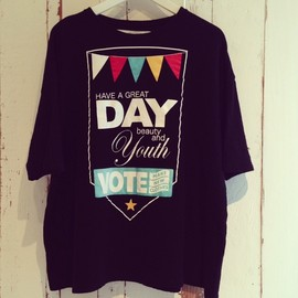 VOTE MAKE NEW CLOTHES - HAVE A GREAT DAY Tee