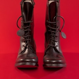 carpe diem - 7 hole lace up boots