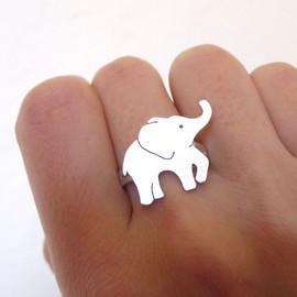smilingsilversmith - Baby Elephant Silver Ring