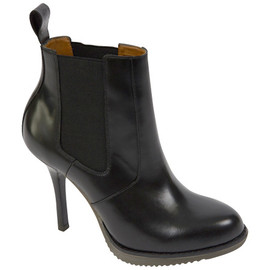 Dr. Martens - Roni Chelsea Boot