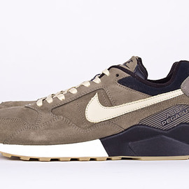 NIKE - Air Pegasus '92 Decon