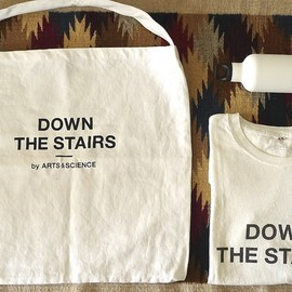 ARTS&SCIENCE - Down the stairs