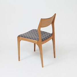 finger marks original chair × mina perhonen - yu-dining