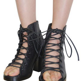 shaka - cut out laced boots
