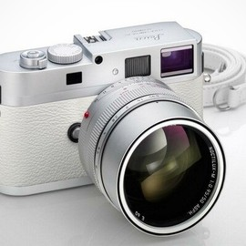 Leica - Leica M9-P White Limited Edition