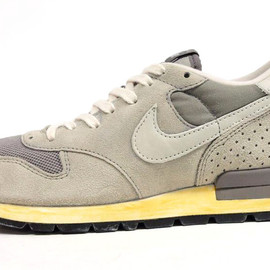 NIKE - AIR EPIC VINTAGE QS 「LIMITED EDITION for NONFUTURE」 GRY/GRY