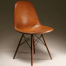 Eames Shell Side Chair Contract Base + Caster
