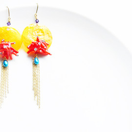 Ostara - Japanese Jewelry Designer/Orange Shell Dangling  Earrings with Red Corlal and Blue Pearl