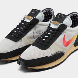 NIKE - Daybreak Type - Black/Bright Crimson/Light Voltage Yellow/Summit White/Sea Glass/Pale Vanilla