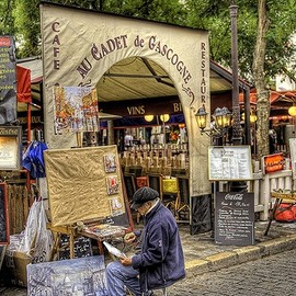 Montmartre - Neighbourhood: Montmartre. Sacre Coeur, Moulin Rouge. Very hilly, get there early to avoid crowds