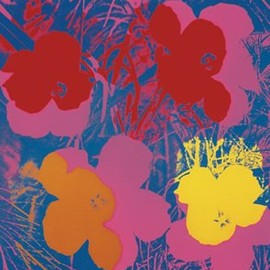 Andy Warhol - アートポスター アンディ・ウォーホル Andy Warhol: Flowers, 1970 (red, yellow, orange on blue)