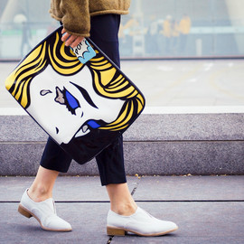 3.1 phillip lim - clutch pop art