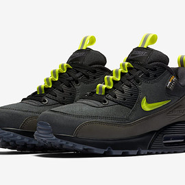 NIKE, The Basement - Air Max 90 - Black/Volt