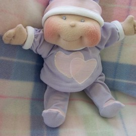 "Luulla - Soft Cloth Baby Doll, 10"" Dinky Baby Pattern - TOMMER"