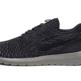 "NIKE - FLYKNIT ROSHERUN ""LIMITED EDITION for NONFUTURE"""