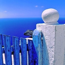 There's a particular intensity in this Greek blue that is so tangible #greek #blue #island