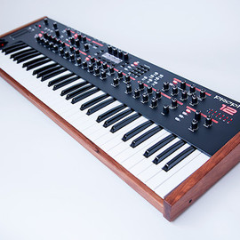 Dave Smith instruments - Prophet 12