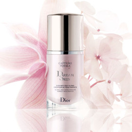 Dior - CAPTURE TOTALE DREAM SKIN