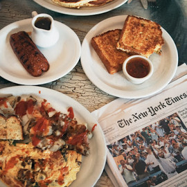 Dottie's True Blue Café - breakfast