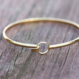 diamentdesigns - Gold Wire Bracelet - Circle Hook