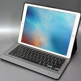 Logicool - CREATE Backlit Keyboard with Smart Connector for iPad Pro