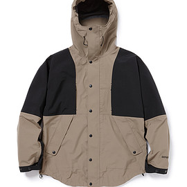 nonnative - ALPINIST HOODED JACKET NYLON RIPSTOP WITH GORE- TEX PRO® 3L
