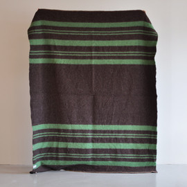 Horse Blanket Research - 011 Blanket (Brown x Green)