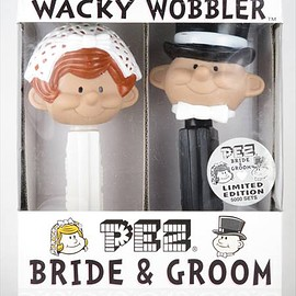 WACKY WOBBLER - PEZ BRIDE&GROOM