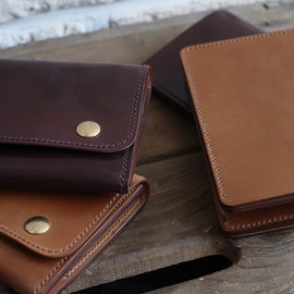 ARTS&CRAFTS - shell cordovan wallet