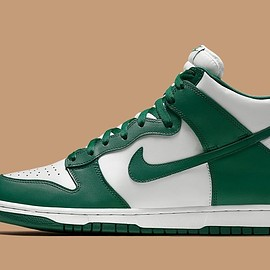 NIKE - Dunk High SP - White/Pro Green/Pro Green