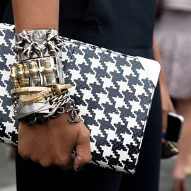 ACCESSORIES - styling