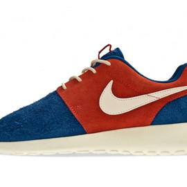 Nike - Nike Roshe Run Premium Holiday 2012