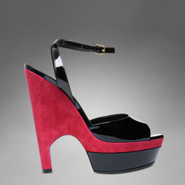Yves Saint Laurent - CASSYOPEE HIGH HEEL SANDAL IN BLACK PATENT LEATHER